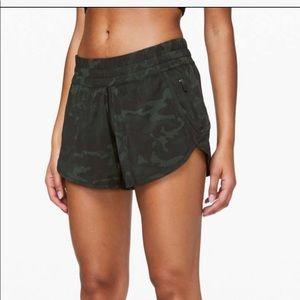"""Lululemon track shorts 4"""" lined"""